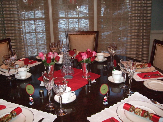 Christmas Holiday, Table Setting, Waterford Chrystal, Lenox China Roses, Between Naps on the Porch Tablescape Thursday